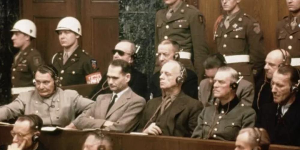 Covid : vers un nouveau tribunal de Nuremberg ? Les éclairages de l'avocat Rainer Fuellmich