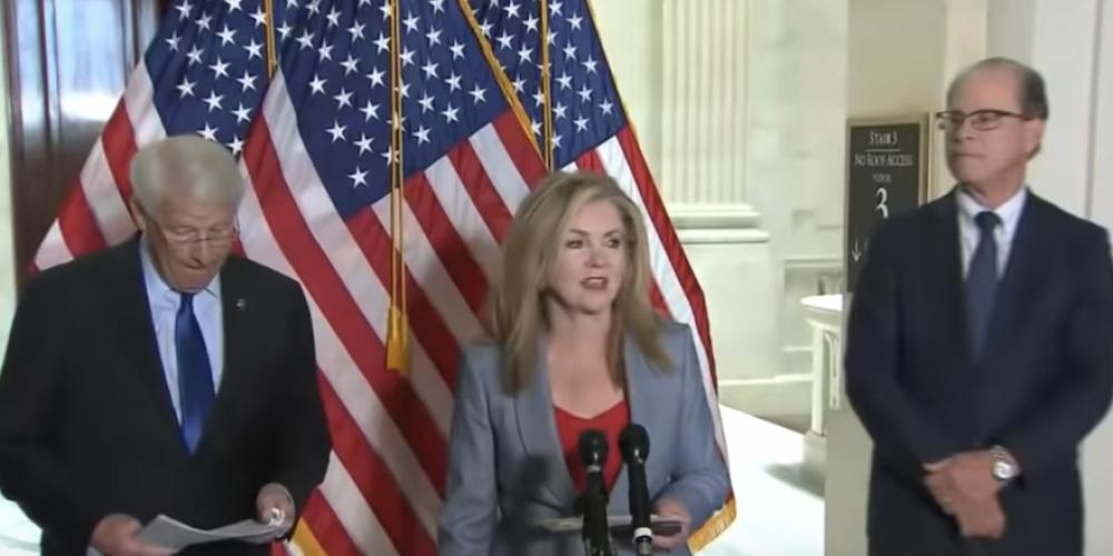 Zones d'ombre du Covid: des sénateurs américains montent au créneau