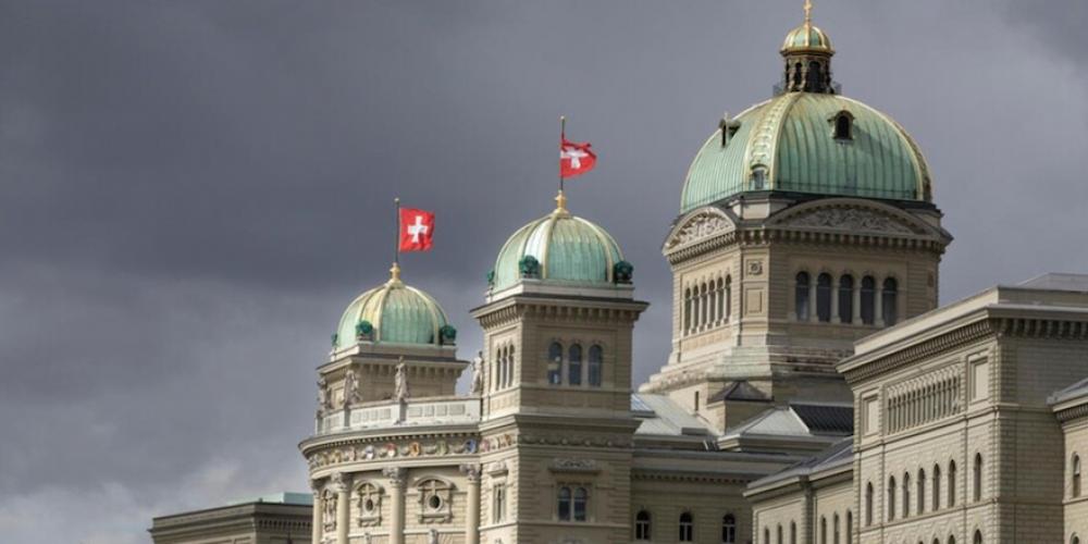 Le Parlement suisse veut renforcer la censure contre les médias