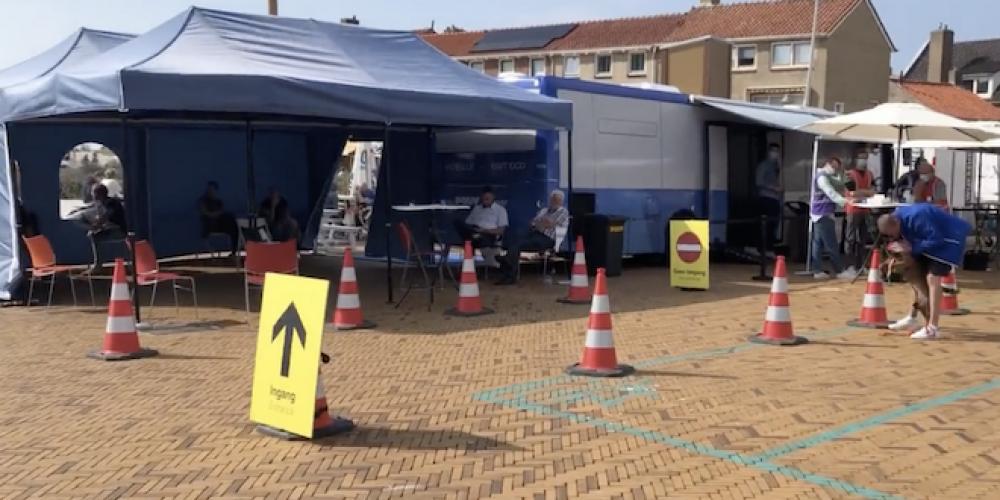 Pays-Bas: les vaccinateurs d'enfants pris en photo