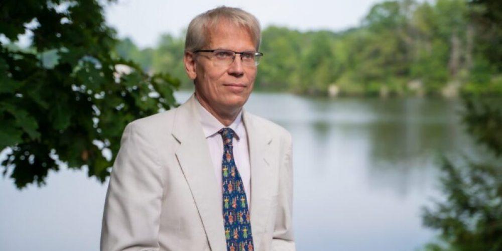 Un prof de Harvard: «Forcer la vaccination sape la confiance dans la santé publique»